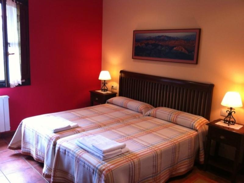 Habitación doble en Hotel Rural El Texeu