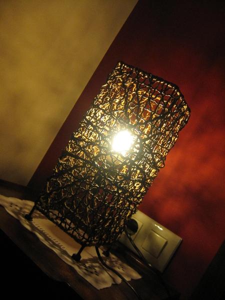 Detalle lámpara Hotel Rural El Texeu