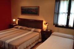 Habitación para tres Hotel Rural El Texeu