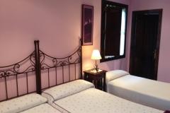 Habitación triple, Hotel Rural El Texeu