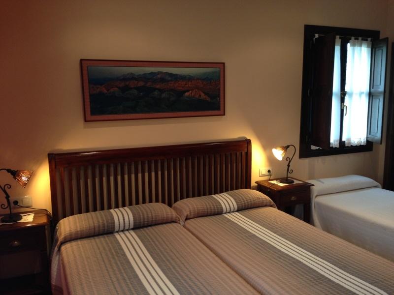 Habitación triple Hotel Rural El Texeu